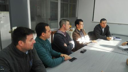 Dr Gonzalo Tortella Fuentes (BIOREN-UFRO); Dr. Franco, Martin, Dr. Cledir Santos (UFRO), Dr. Hellmuth Leal López , Director del Departamento de Ingeniería Química.